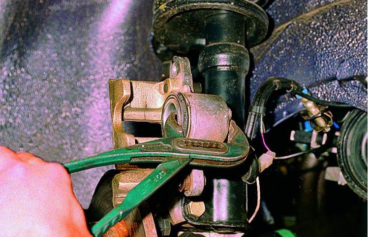Датчик износа тормозных колодок своими руками